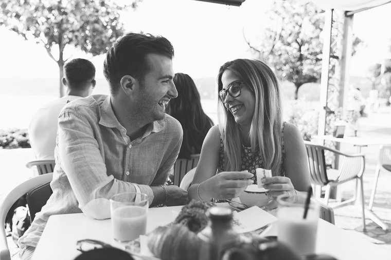 engagement, lago di garda, brescia, amore, foto naturali, ritratto di coppia, sorrisi, prewedding, prematrimoniale, italia, Salò, Fotografo Brescia, fotografo matrimonio, fotografo matrimonio frosinone roma latina