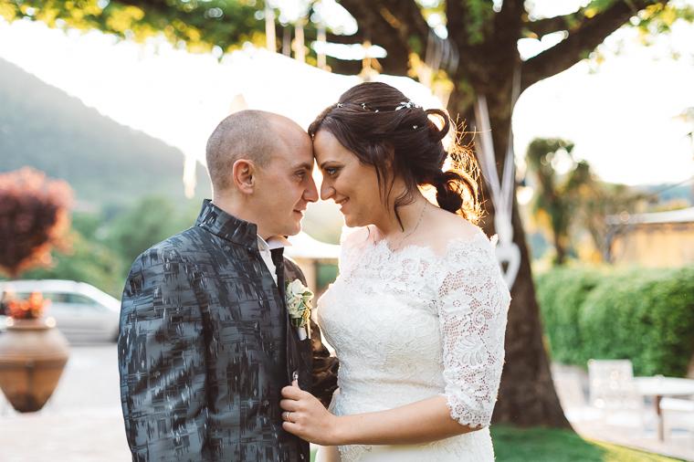 Ritratto sposi al tramonto a Villa Fiorina ad Alatri, Frosinone